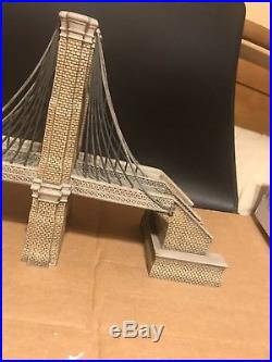 DEPARTMENT 56 CHRISTMAS IN THE CITY BROOKLYN BRIDGE With BOX