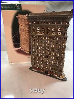 DEPARTMENT 56 Christmas in the City Flatiron Building in Box (Retired)