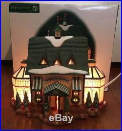 Dept 56 Christmas In The City Tavern In The Park # 58928 Mint Condition