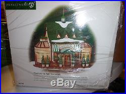 Dept 56 Christmas In The City Tavern In The Park Still In Original Wrap Bn