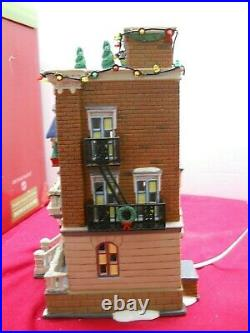 Department 56 Christmas in The City Parkside Holiday Brownstone #5658937 boxed