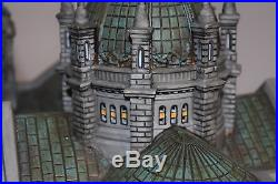 Department 56 Christmas in the City Cathedral of Saint Paul Patina Dome Edition