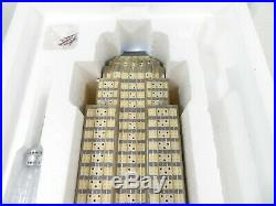 Department 56 EMPIRE STATE BUILDING & ORNAMENT Christmas in the City (59207) EUC