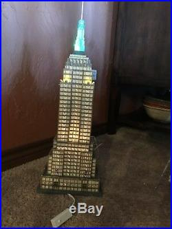 Department 56 Huge Christmas in the City Empire State Building #59207