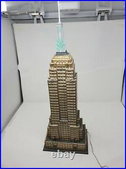 Dept 56 2003 Christmas in the City Village EMPIRE STATE BUILDING 56.59207