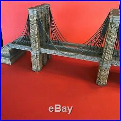 Dept 56 Brooklyn Bridge #59247 Christmas in the City, Historical Landmark series