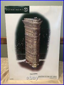 Dept 56 Christmas In The City Flatiron Building Original Box -NEW