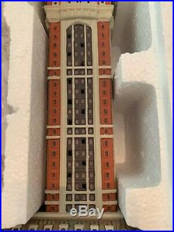Dept 56 Christmas In The New York City Singer Building 6000569 Snow Village New