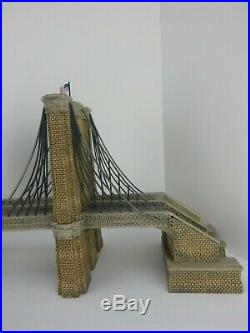 Dept 56 Christmas in the City Brooklyn Bridge #59247 Never Displayed