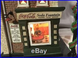 Dept 56 Christmas in the City Coca-Cola Soda Fountain #59221 IN BOX (B)