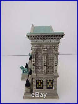 Dept 56 Christmas in the City The Art Institute of Chicago #59222 Good Condition
