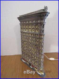 Dept. 56 Flatiron Building #56.59260 Christmas In The City's Iconic Skyscraper