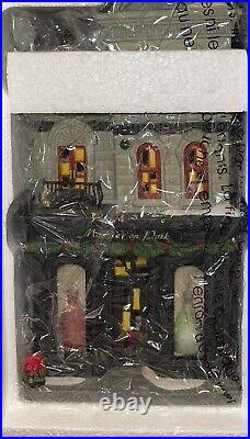 Dept 56 Maggie On ParkChristmas In The City Brand New In Box