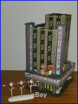 Dept 56 RADIO CITY MUSIC HALL #56.58924 with ROCKETTES Figurine #56.58991 RARE