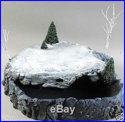 Dept 56 Snow Village Misty Point Platform Display Trees Fog and Light Effects