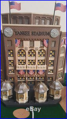 Dept 56Yankee Stadium Christmas In The City #58923 Lights Up