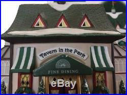 Tavern in the Park Restaurant Dept 56 Christmas in the City Village 58928 snow