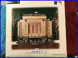 Yankee Stadium 2009 Series Department 56 Christmas in the City 58923 Retired